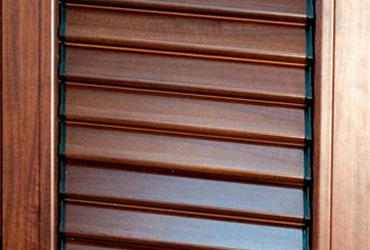 Porte artigianali, Portoncini, Serramenti in legno Serramenti in pvc, Scuretti Verona