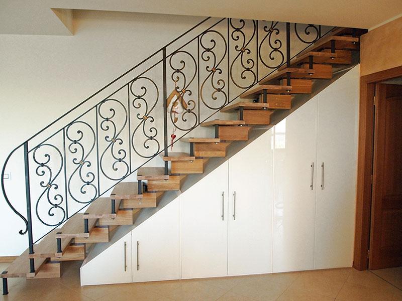 Arredamento mobili falegnameria scale Verona