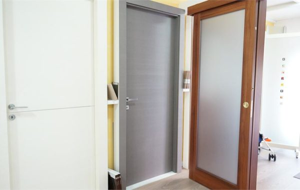 Showroom – Porte